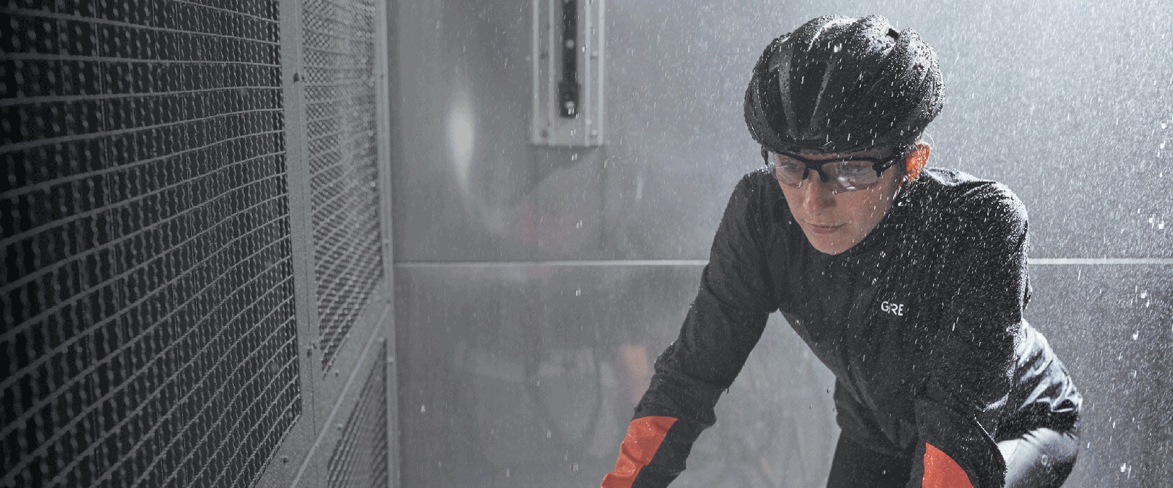 GORE-TEX® BIKE WEAR 10% OFF ALL AUTUMN/WINTER 2019 PRODUCTS